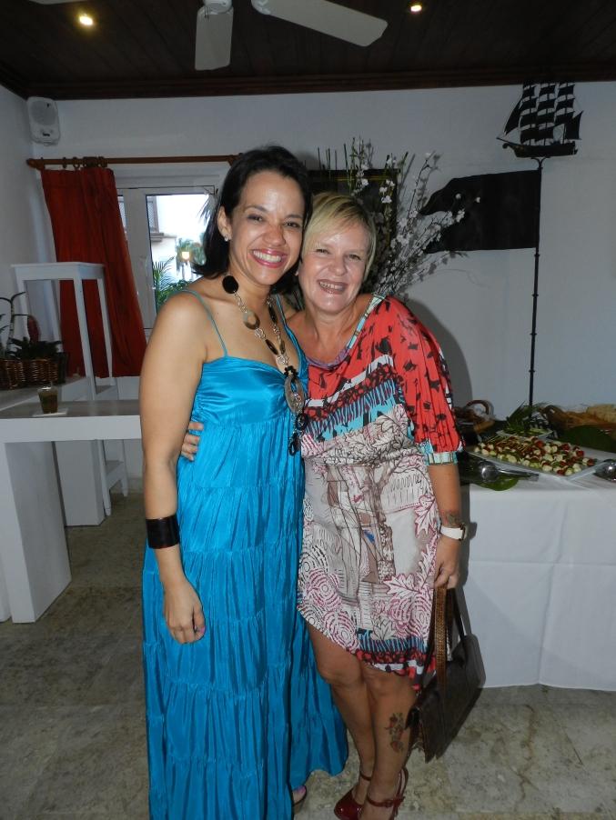 Thelma Camilo de Santoni y Emanuela Giovanetti